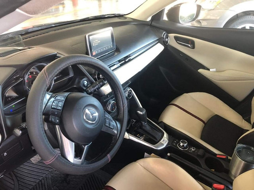 mazda 2 2016 equipado automático