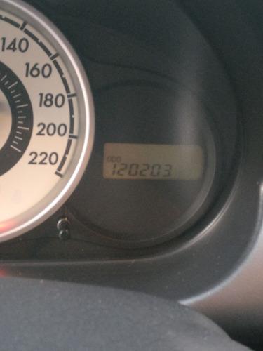 mazda 2 automático 2010