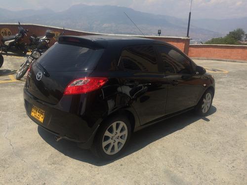 mazda 2, mecánico, 1.500 cc, color negro