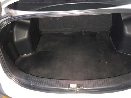 mazda 2 sedan caja automatica motor 1500 cc -  dos dueños