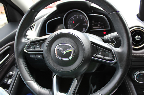 mazda 2 sport grand touring lx 1.5 at 2019 unico dueño
