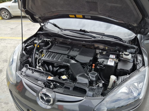 mazda 2 sport hb motor 1.5 cc 2015 gris 5 puertas
