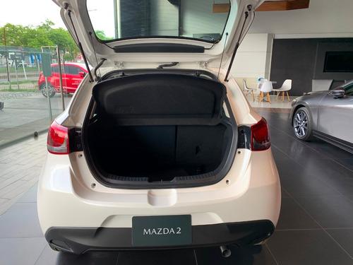 mazda 2 sport touring blanco at 2020