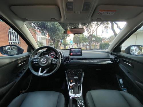 mazda 2 touring sedan automatico
