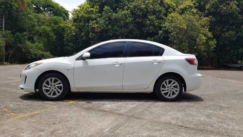 mazda 3 all new  versión premium. permuto vehículo alta gama