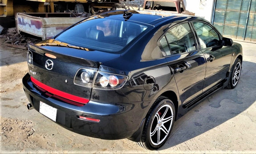 mazda 3 impecable. uso personal.