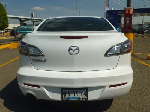 mazda 3 sedan 2.0 litros, mod. 2013, color blanco
