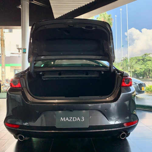 mazda 3 touring at machine   2021