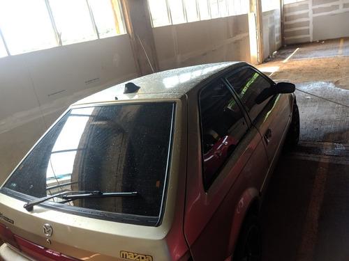mazda 323 coupé