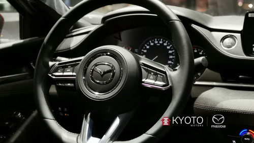 mazda 6 2.5  signature rojo diamante 2020