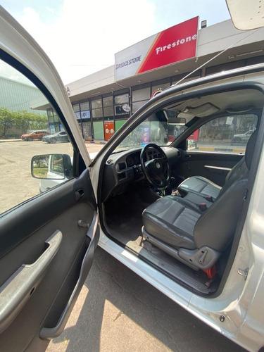 mazda b-2200 4x2 furgon