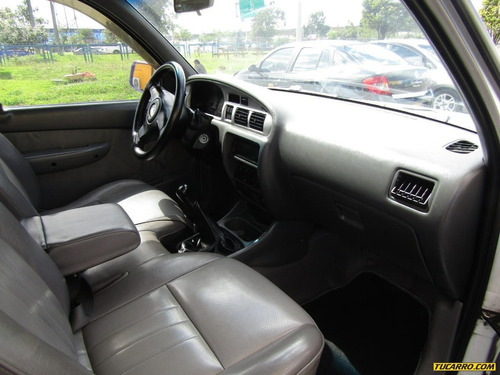 mazda b-2200 furgon
