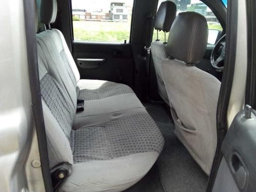 mazda b2200 2005 doble cabina tipo bt50, hilux, luv