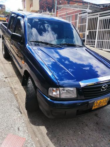 mazda b2200 camioneta 2004