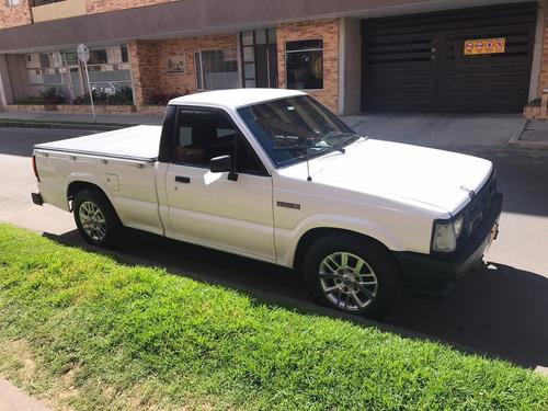 mazda b2200 pick-up 1995 restaurada