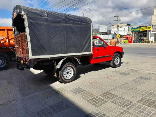 mazda b2600 estacas 4x4