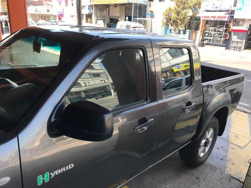 mazda bt 50 - 4x4 - 2013 - gasolina - perfecto estado