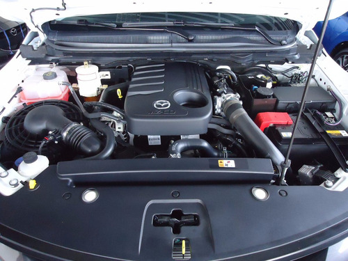 mazda bt50 profesional mec 4x4 diesel 2017 cuero