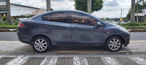 mazda mazda 2 sedan 2011  full  mecanico gris oscuro 2011