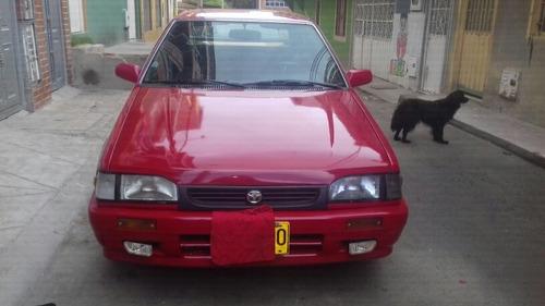 mazda modelo 90 rojo
