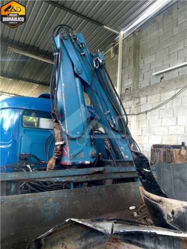 mb 1113 - munck 10 toneladas