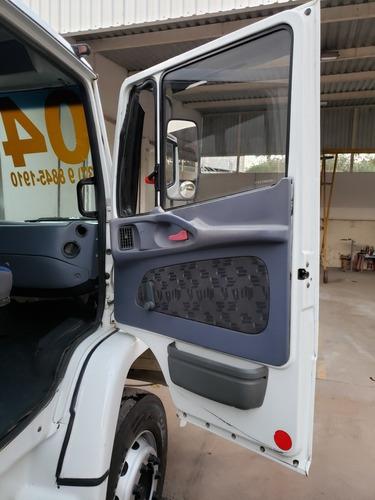 mb 1620 2004 truck( so pneus novos!!!)