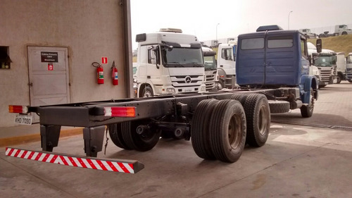 mb 1620 chassi 6x2 2009