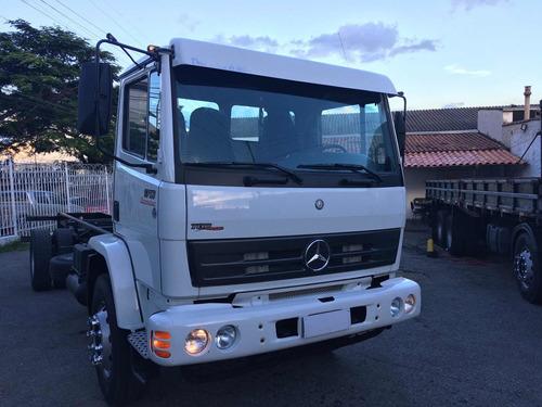 mb 1718 ano 2010/2011 caminhão todo original, pneus ótimos,