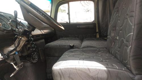 mb 2013 / carroceria / 6x2 truck aceito carro de menor valor