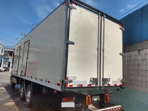 mb 2425 atego truck com baú refriferado canaletado