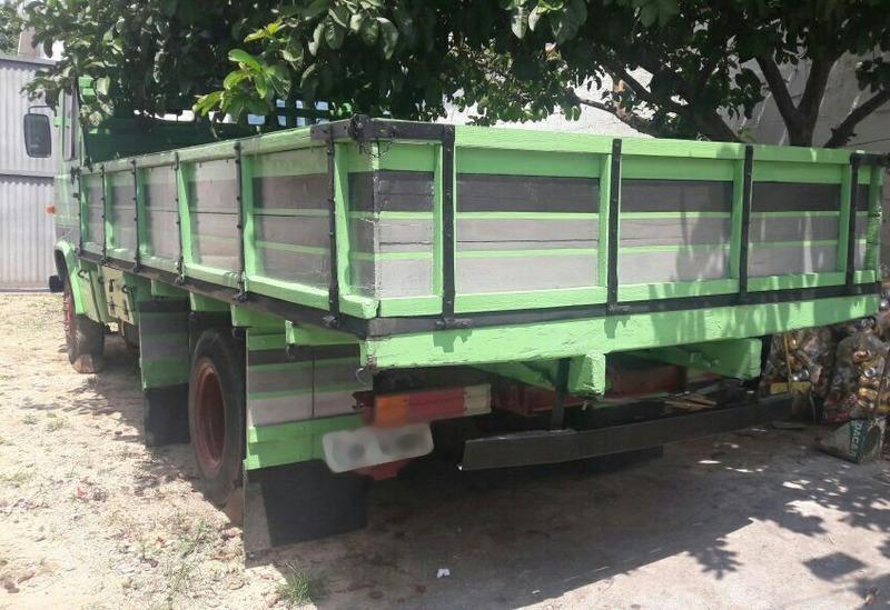 mb 608 carroceria de madeira nova