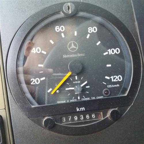 mb 710 ano 2007 c/ baú fachinni 4,60 metros refrigerado -10°