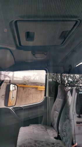 mb 715, no chassis, branco em ótimo estado.
