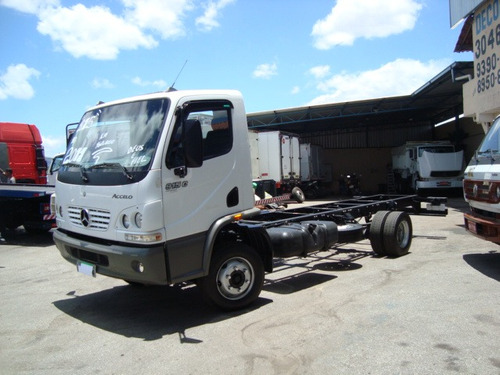 mb 915 c acelo ano 10/11 chassi
