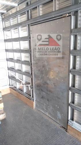 mb accelo 1016 - 12/12 - baú de alumínio c/ porta lateral