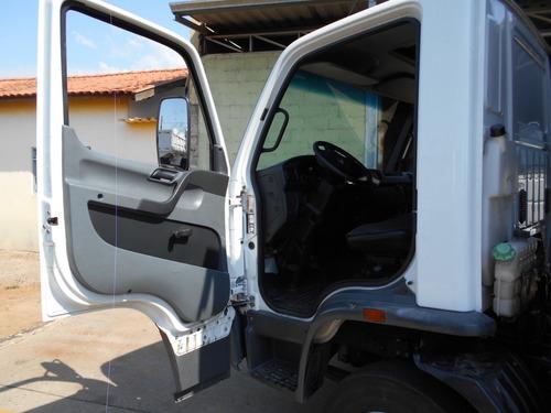 mb accelo 1016 2013 baú único dono itália caminhões