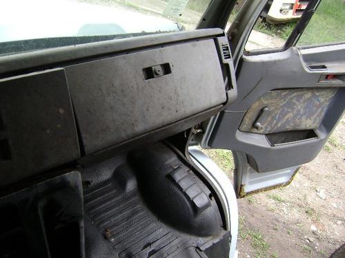 mbenz 1935 1995 com reparos na lata, troco por carro