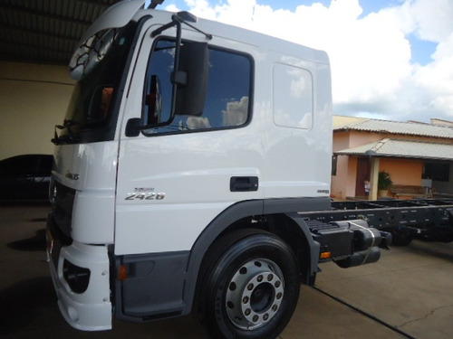 m.benz atego 2426-2016-truck-chassis-talismã caminhões