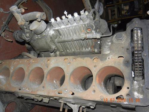 mbenz w111  vendo 2 motores nafta a) inyeccion b)doble carb.