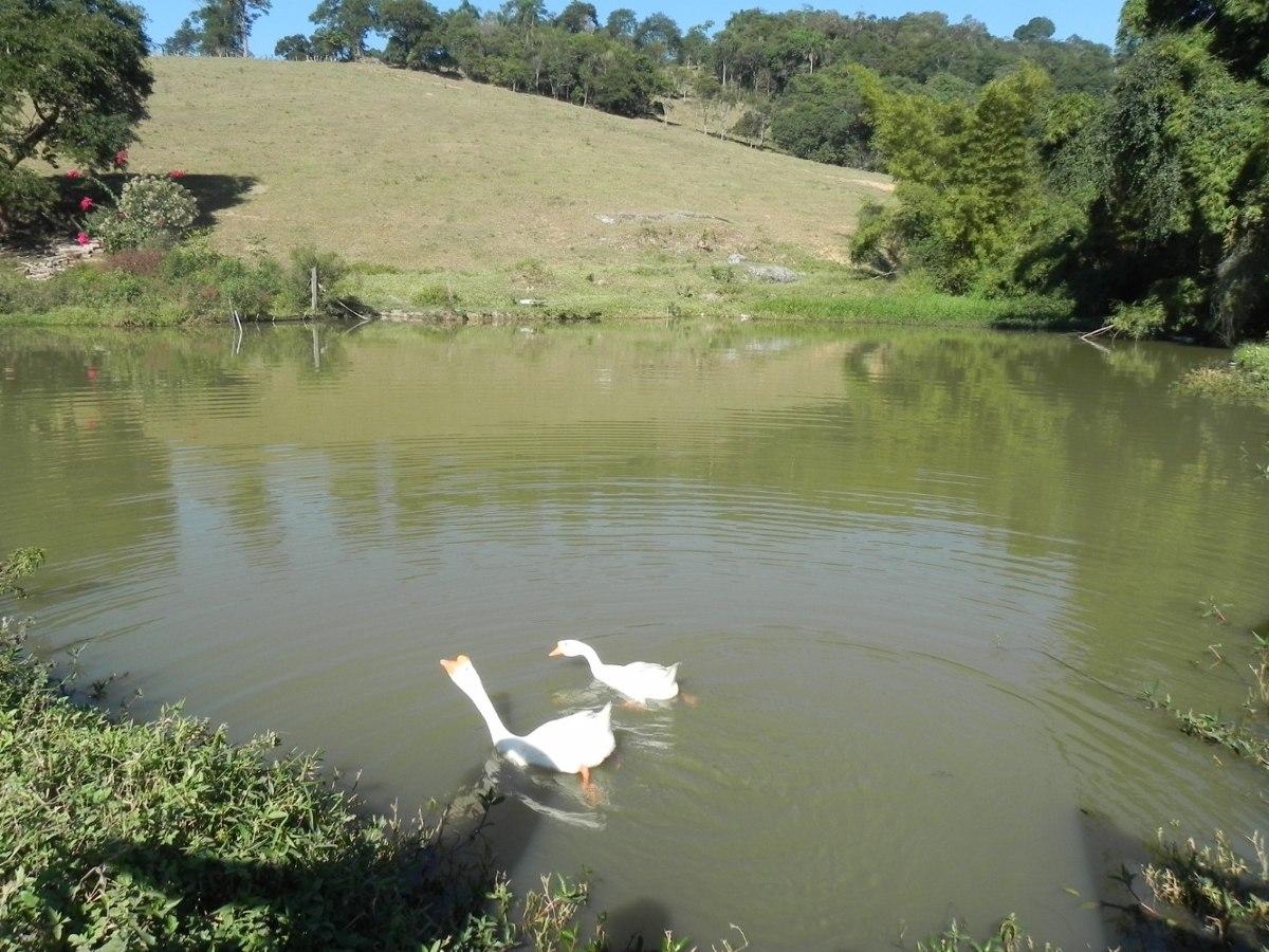 (mc) lotes em arujá com lago privativo para o morador