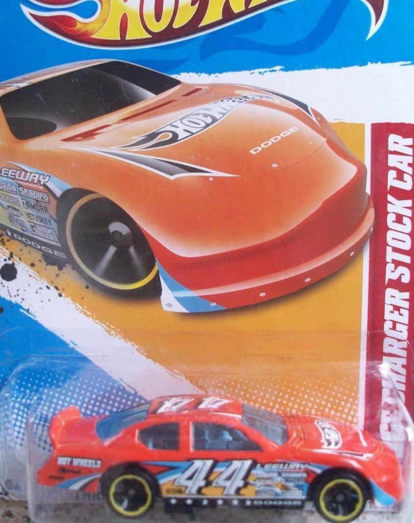 Mc Mad Car Hot Wheels Dodge Charger Stock Car Auto Hw 2012 S 15