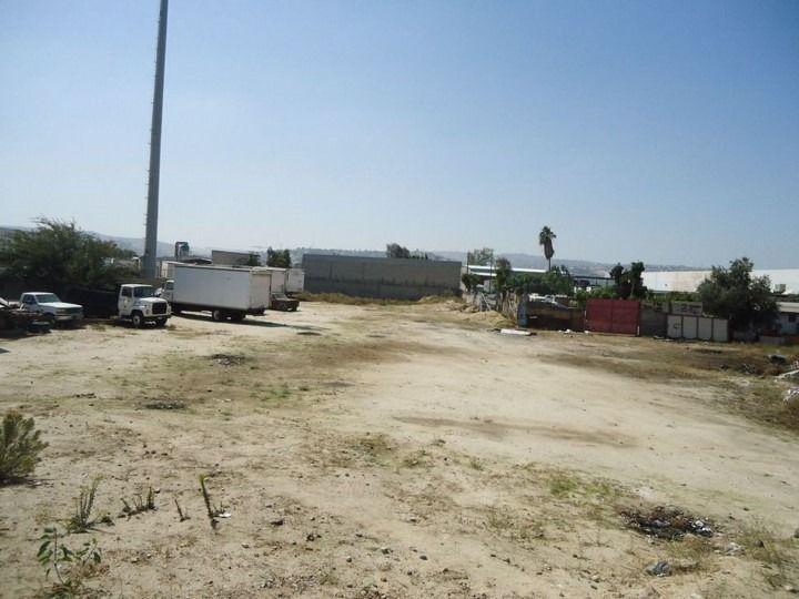 m&c terreno en venta en col. libramiento en tijuana b.c.