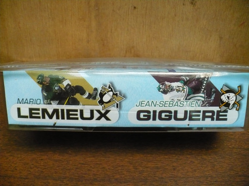 mcfarlane nhl hockey, lemieux-giguere  , 3   serie 1