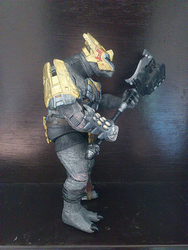 mcfarlane toys halo reach brute jiralhanae major 2011