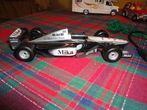 mclaren mercedes mika hakkinen 2001 hotwheels 1/24.usado