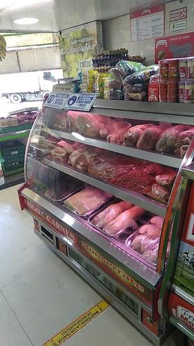 me urge - vendo dotacion para carniceria