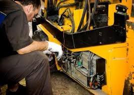 mecanico servicio reparacion mantenimiento montacargas autos