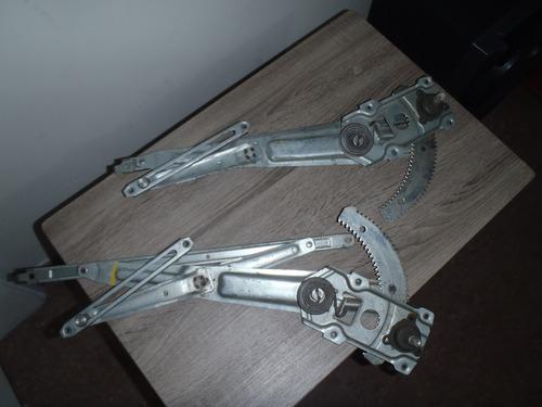 mecanismo manual de eleva vidrios terios 2002 al 2007