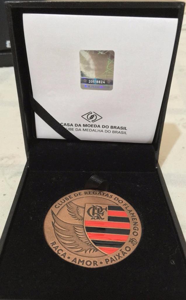 f31b621616 medalha 120 anos do clube de regatas do flamengo - bronze. Carregando zoom.