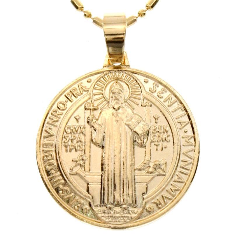 96a5da79a6021 medalha são bento clássica cruz grande folheada ouro 18k. Carregando zoom.